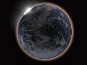 Pembiasan warna merah dari Matahari layaknya cincin merah Bumi.